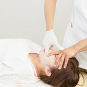頭蓋仙骨療法(クラニオ・セイクラル・メカニクス及びダイナミクス)